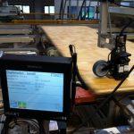 Bedruckung von Holzplatten mit Minitouch Drucksystem und schwenkbaren Druckköpfen